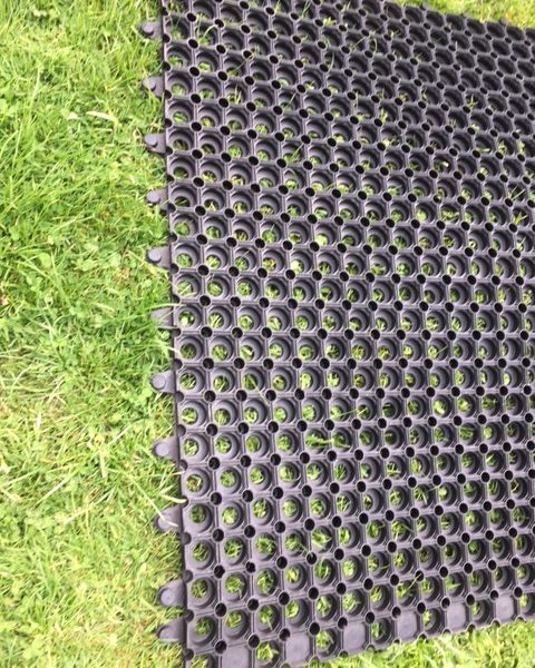 Interlocking Grass Mat 1mx1mx23mm Rubber Stable Mats Uk